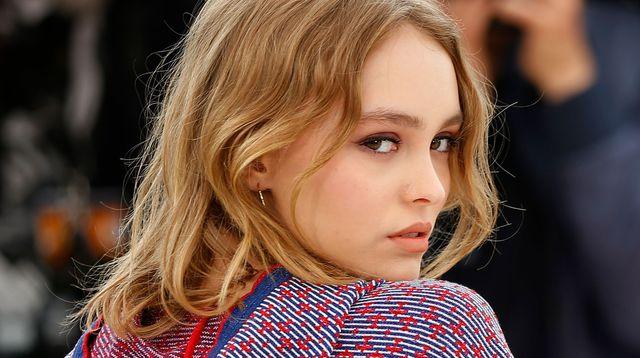 C'est Lily-Rose Depp éclairera les Champs Elysées pour Noël !