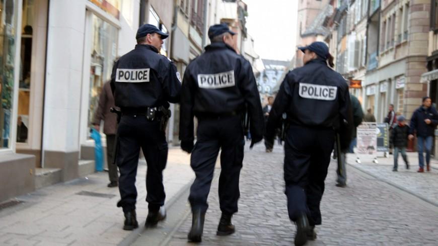 Un homme menace la police à Annecy