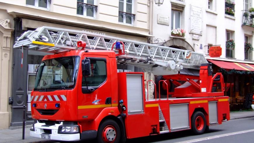 Un car scolaire prend feu à Mieussy vendredi matin