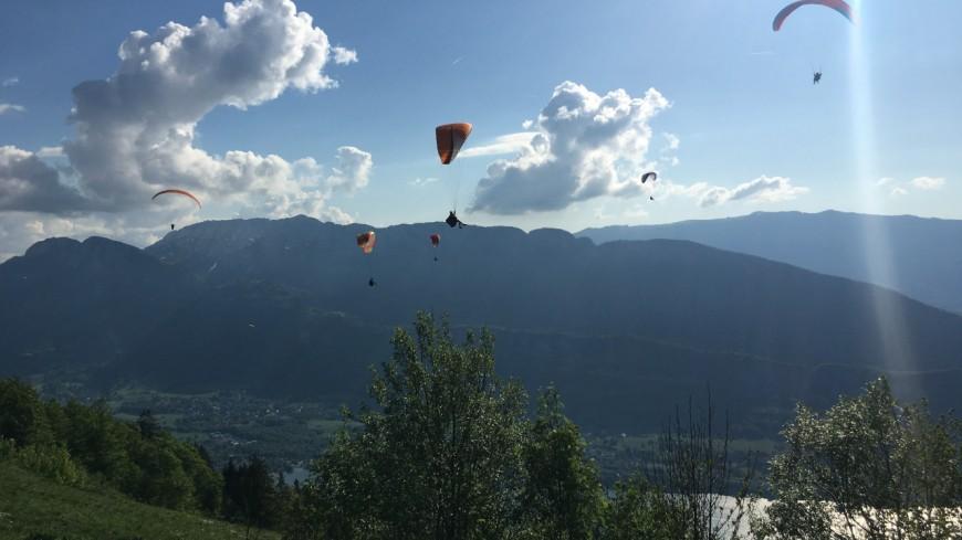 Un parapentiste se tue à Val de Chaise