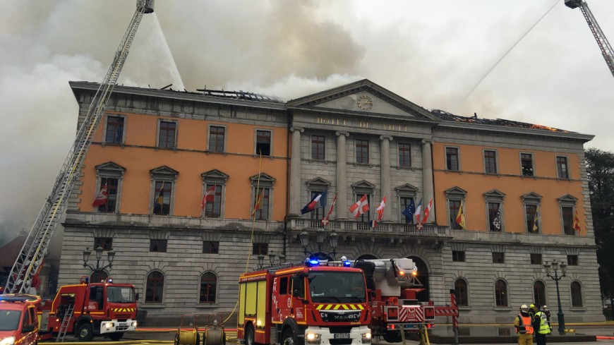 Les premiers jets du chantier à la mairie d'Annecy