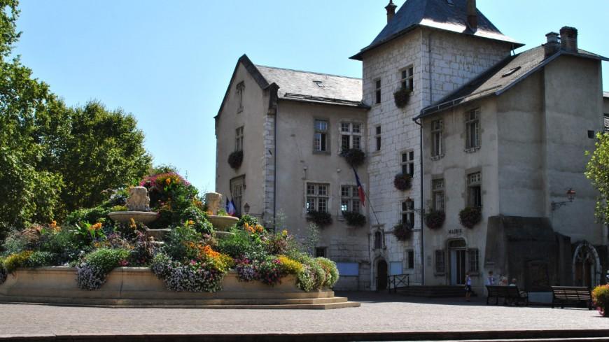 Marina Ferrari candidate à la mairie d'Aix-les-Bains