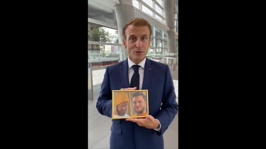 Emmanuel Macron honore sa promesse à McFly et Carlito en vidéo !