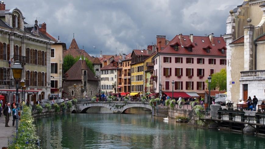 Circulation réglementée à Annecy à cause de la pollution