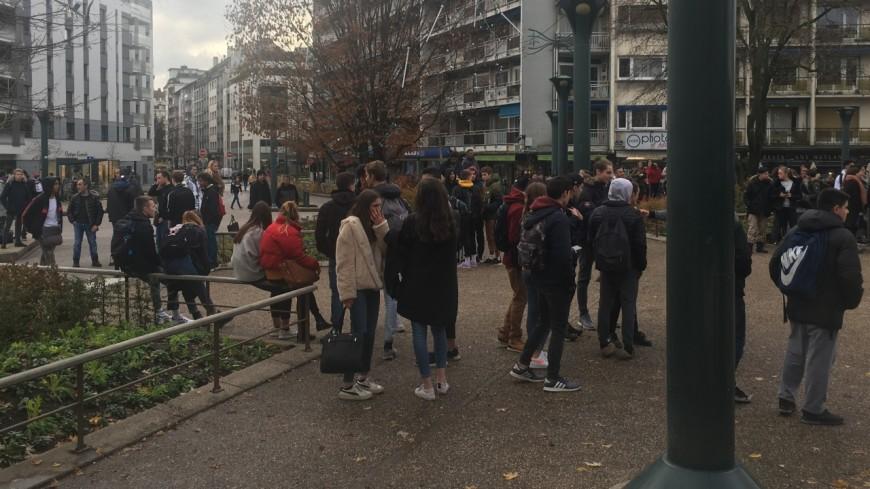 Plusieurs jeunes interpellés à Annecy