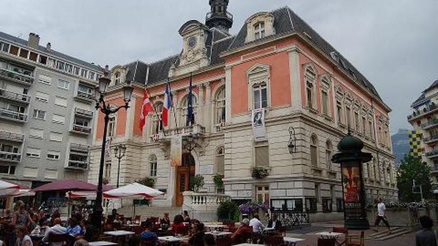 Ambiance tendue à la mairie de Chambéry