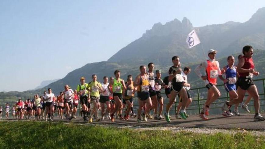 Vif succès pour le marathon du lac d'Annecy