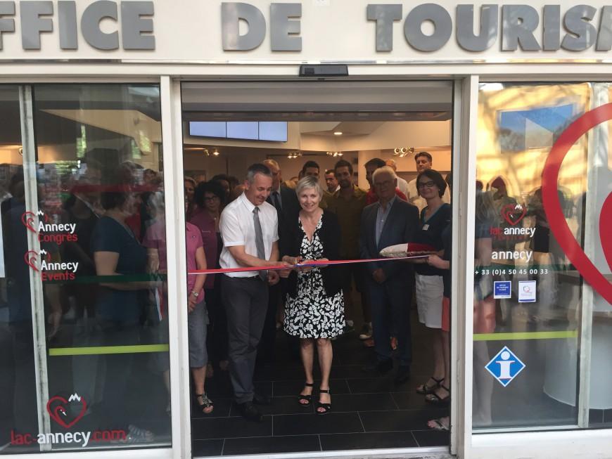 Un nouvel espace d accueil pour l office de tourisme du lac d annecy - Office de tourisme annecy ...