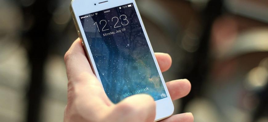 Annecy collecte vos vieux téléphones pour Emmaüs