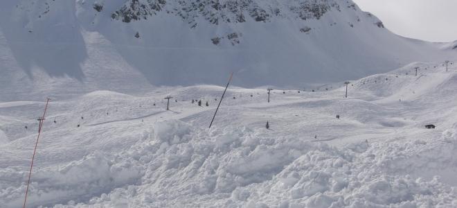 Attention aux avalanches dans la région des Pays de Savoie